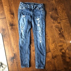 Silver jeans Tuesday skinny distressed W27L31